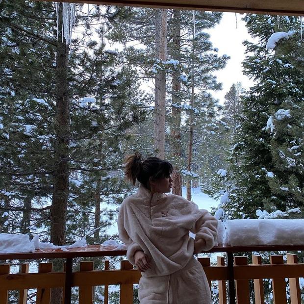 Đẳng cấp nhan sắc Selena Gomez: Đăng ảnh đời thường mà đẹp đến mức rinh ngay 5 triệu like - Ảnh 3.