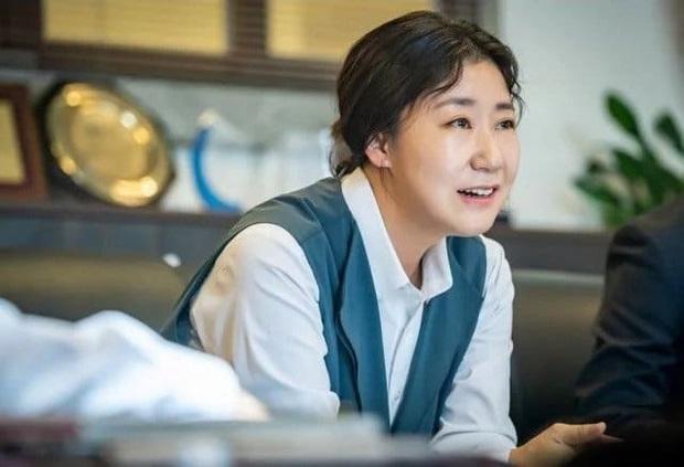 """Hắc Cẩu của Seo Hyun Jin: Không cần drama vẫn khiến khán giả """"stress"""" vì bóc phốt nền giáo dục Hàn quá chân thật - Ảnh 5."""