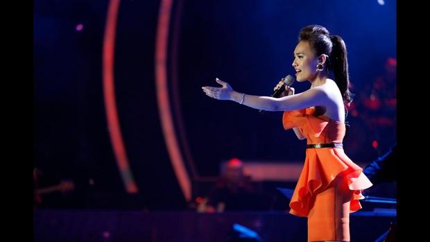 Thánh giả giọng Nhật Thủy từng khiến Mỹ Tâm khen tới tấp vì giọng hát cao vút tại Vietnam Idol! - Ảnh 8.
