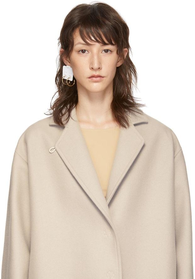 Khuyên tai lừa tình của hãng thời trang nổi tiếng khiến khách hàng phát rồ khi đeo lên - Ảnh 2.