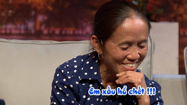 Bà Tân Vlog chùng xuống, ngậm ngùi khi được hỏi về người chồng đã khuất trên truyền hình - Ảnh 3.