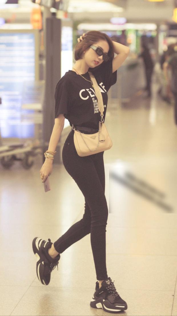 """Bắt trend nhanh nhưng Ngọc Trinh vẫn bị """"hụt"""" khi diện kiểu áo Sơn Tùng M-TP mặc từ 5 tháng trước - Ảnh 1."""