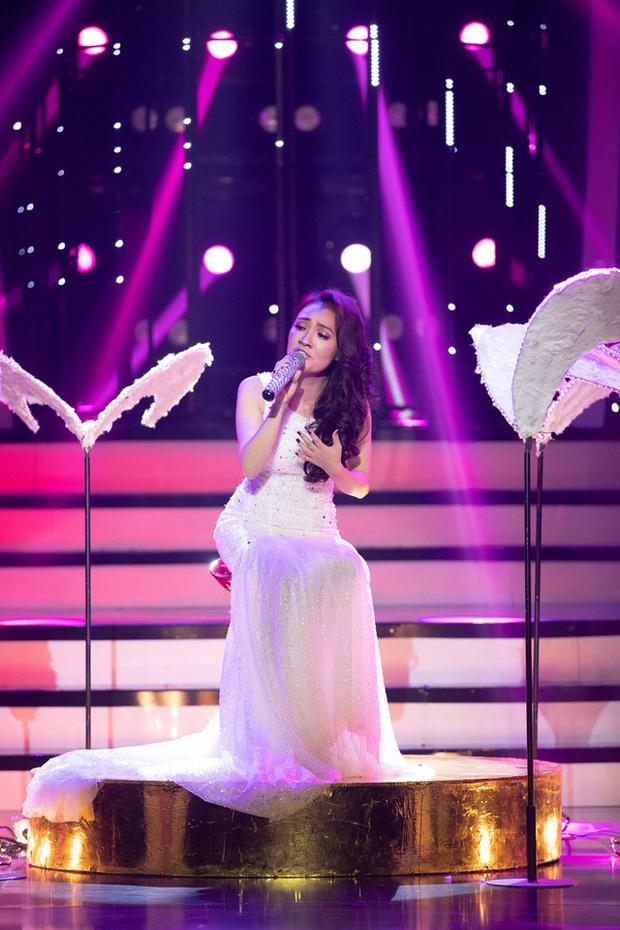 Thánh giả giọng Nhật Thủy từng khiến Mỹ Tâm khen tới tấp vì giọng hát cao vút tại Vietnam Idol! - Ảnh 2.