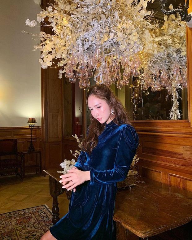 13 ý tưởng diện váy mùa lễ hội đẹp thôi rồi từ các mỹ nhân Hàn - Việt, các nàng sẽ muốn học theo bằng hết - Ảnh 1.