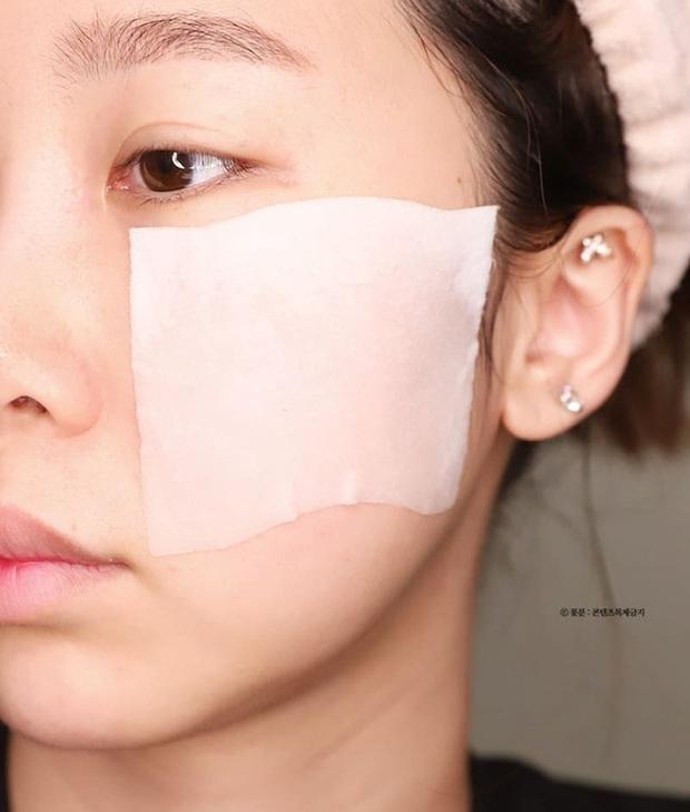 3 món skincare chuyên gia khuyên bạn đừng sắm làm chi cho tốn tiền, vì chúng chẳng giúp ích được nhiều cho làn da - Ảnh 2.