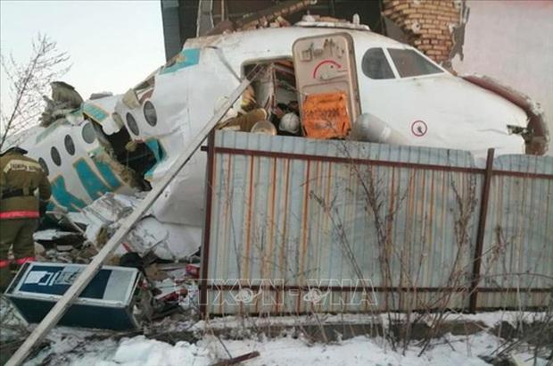 Vụ rơi máy bay tại Kazakhstan: Tổng thống Jomart Toquayep cam kết bồi thường cho gia đình nạn nhân - Ảnh 1.