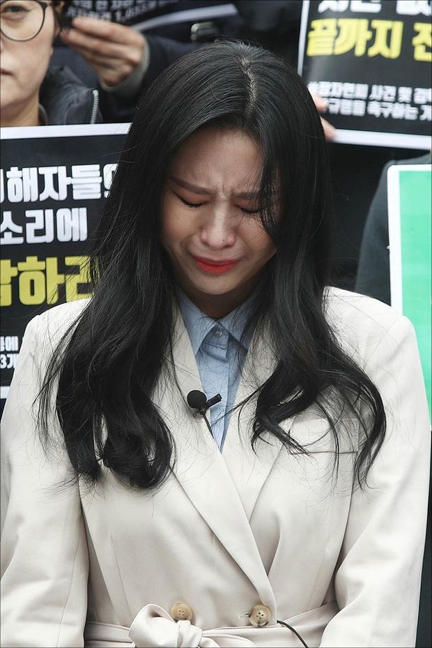4 scandal có plot twist chấn động Kbiz 2019: Ahn - Goo, Seungri và vụ sao nữ Vườn sao băng tự tử đều gây xôn xao dư luận - Ảnh 10.