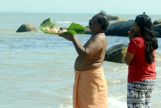 Đứa trẻ thần kỳ của thảm họa Ấn Độ Dương cách đây 15 năm, sống sót kỳ diệu sau khi bị sóng thần cuốn trôi khi mới 22 ngày tuổi - Ảnh 3.