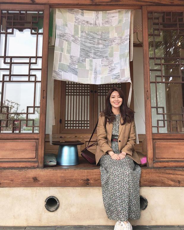 13 ý tưởng diện váy mùa lễ hội đẹp thôi rồi từ các mỹ nhân Hàn - Việt, các nàng sẽ muốn học theo bằng hết - Ảnh 6.