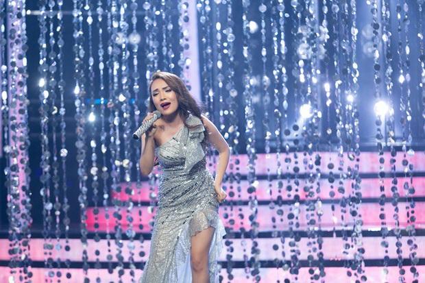 Thánh giả giọng Nhật Thủy từng khiến Mỹ Tâm khen tới tấp vì giọng hát cao vút tại Vietnam Idol! - Ảnh 1.