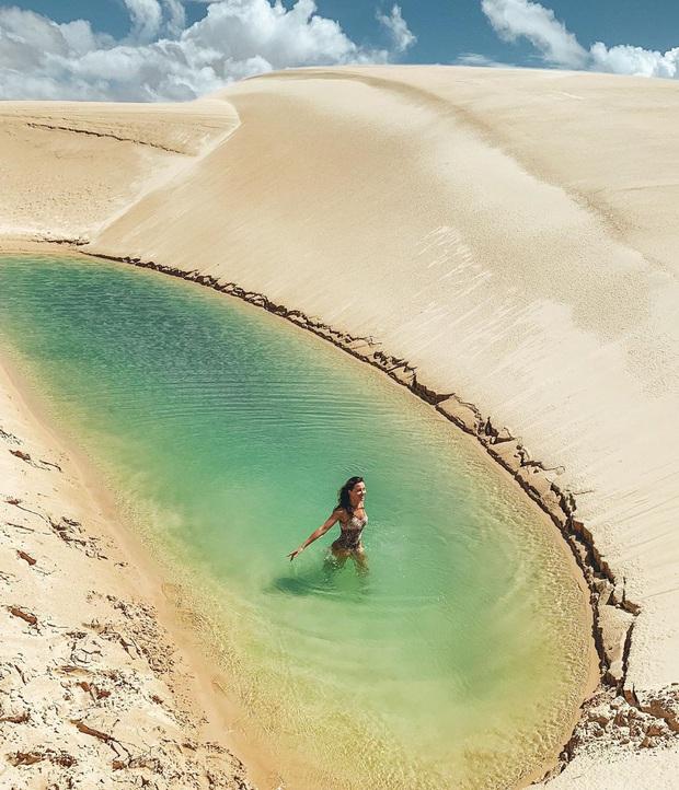 """Dân mạng xôn xao trước loạt ảnh """"tắm biển giữa sa mạc"""" đang gây sốt khắp Brazil, khi tìm ra danh tính của địa điểm mới tá hoả! - Ảnh 19."""