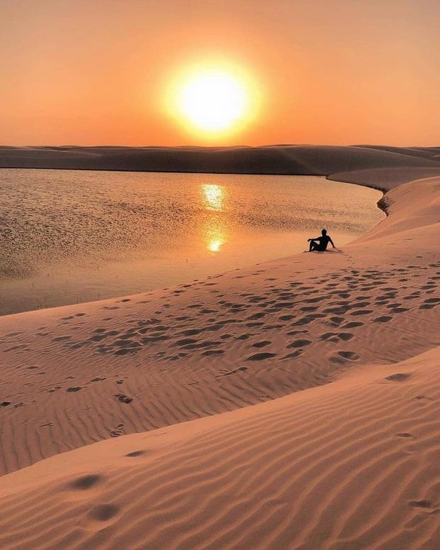 """Dân mạng xôn xao trước loạt ảnh """"tắm biển giữa sa mạc"""" đang gây sốt khắp Brazil, khi tìm ra danh tính của địa điểm mới tá hoả! - Ảnh 25."""