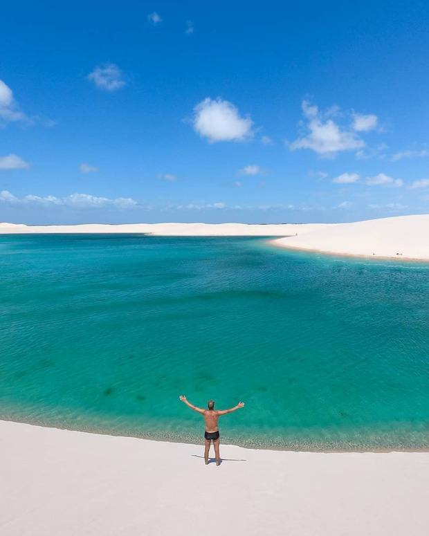 """Dân mạng xôn xao trước loạt ảnh """"tắm biển giữa sa mạc"""" đang gây sốt khắp Brazil, khi tìm ra danh tính của địa điểm mới tá hoả! - Ảnh 4."""