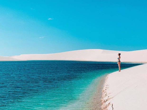 """Dân mạng xôn xao trước loạt ảnh """"tắm biển giữa sa mạc"""" đang gây sốt khắp Brazil, khi tìm ra danh tính của địa điểm mới tá hoả! - Ảnh 2."""