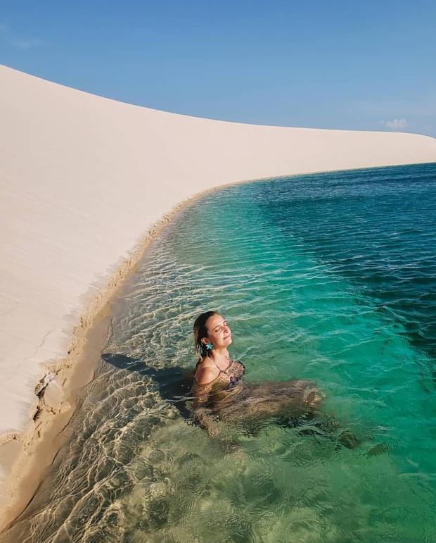 """Dân mạng xôn xao trước loạt ảnh """"tắm biển giữa sa mạc"""" đang gây sốt khắp Brazil, khi tìm ra danh tính của địa điểm mới tá hoả! - Ảnh 9."""