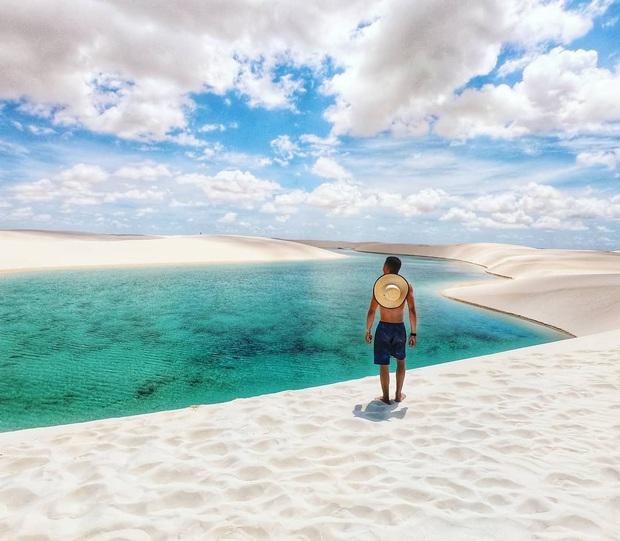 """Dân mạng xôn xao trước loạt ảnh """"tắm biển giữa sa mạc"""" đang gây sốt khắp Brazil, khi tìm ra danh tính của địa điểm mới tá hoả! - Ảnh 5."""