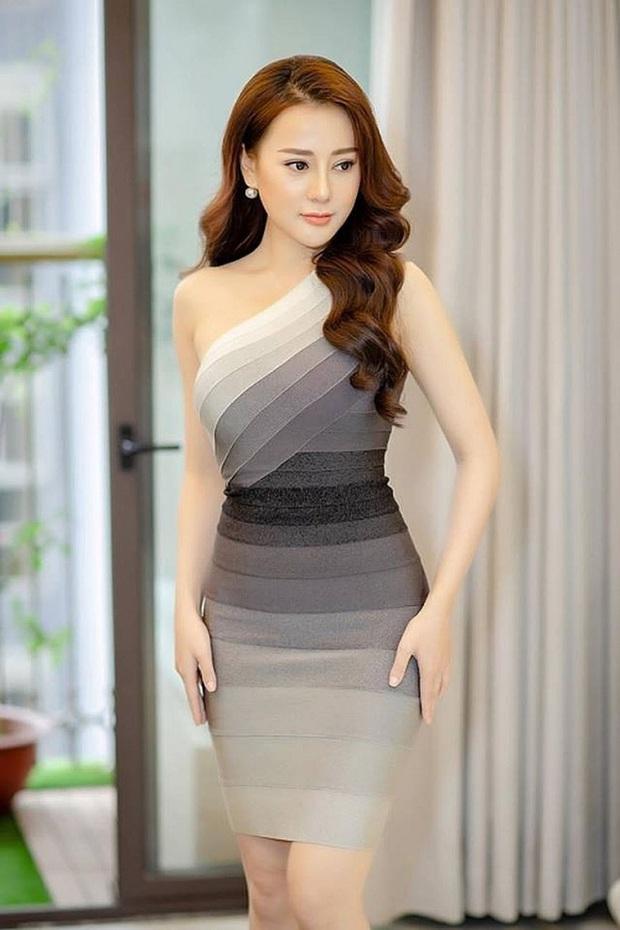 """Quỳnh búp bê Phương Oanh ngày càng xinh đẹp, nhan sắc thăng hạng trông thấy sau hơn 1 năm công khai """"dao kéo"""" - Ảnh 6."""