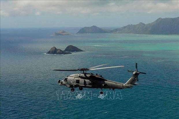 Tìm thấy thi thể của 6 nạn nhân trong vụ rơi trực thăng ở Hawaii, Mỹ  - Ảnh 1.