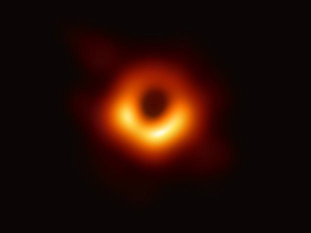 Đột phá về vũ trụ 2019: Từ vật thể xa nhất đến bức ảnh hố đen đầu tiên - Ảnh 4.