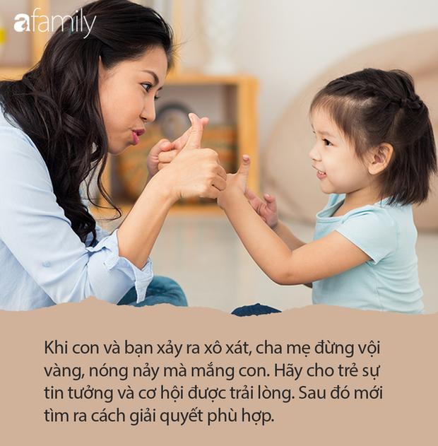 Cháu trai làm vỡ kính của bạn cùng lớp và bị yêu cầu bồi thường, bà nội có cách hành xử đến giáo viên cũng sửng sốt - Ảnh 4.