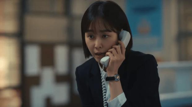 """Hắc Cẩu của Seo Hyun Jin: Không cần drama vẫn khiến khán giả """"stress"""" vì bóc phốt nền giáo dục Hàn quá chân thật - Ảnh 10."""