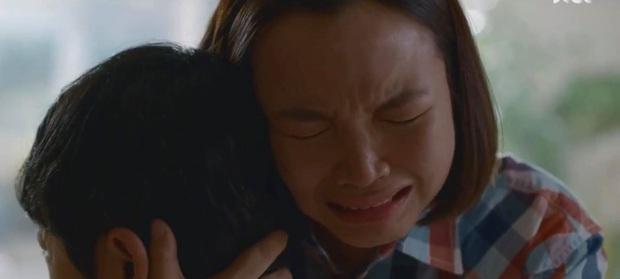 Chocolate của Ha Ji Won bất ngờ xuất hiện món bún chả Obama, xúc động mạnh với màn thể hiện của diễn viên người Việt! - Ảnh 15.