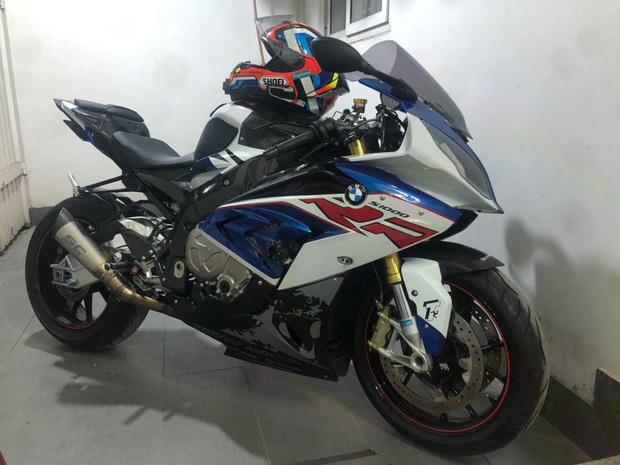 Nhận được tin nhắn từ người lạ, chủ xe mô tô BMW S1000RR trị giá hơn nửa tỷ đồng bị mất trộm đã tìm thấy xe ở Sài Gòn - Ảnh 1.