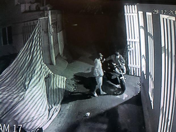 Nhận được tin nhắn từ người lạ, chủ xe mô tô BMW S1000RR trị giá hơn nửa tỷ đồng bị mất trộm đã tìm thấy xe ở Sài Gòn - Ảnh 3.