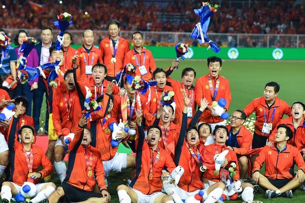 Thập kỷ mới và những kịch bản điên rồ của bóng đá thế giới: Việt Nam vào bán kết World Cup, Messi thua con trai Ronaldo ở chung kết cúp thế giới 2026 - Ảnh 4.