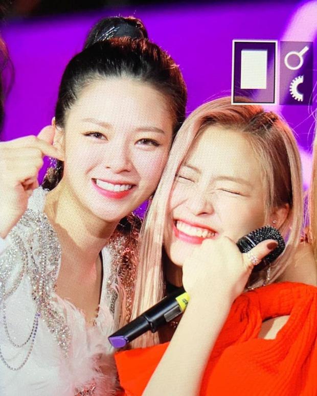 Bữa tiệc đọ visual trong 1 khung hình ở KBS Gayo 2019: BTS - TWICE lép vế vì một cặp đôi tiềm năng mới Kpop? - Ảnh 20.