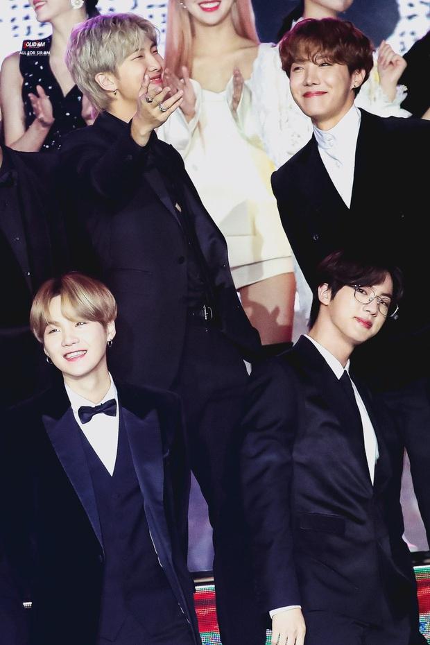 Bữa tiệc đọ visual trong 1 khung hình ở KBS Gayo 2019: BTS - TWICE lép vế vì một cặp đôi tiềm năng mới Kpop? - Ảnh 15.