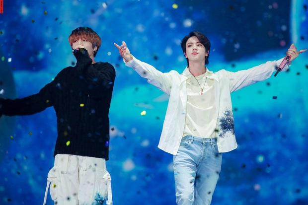 Bữa tiệc đọ visual trong 1 khung hình ở KBS Gayo 2019: BTS - TWICE lép vế vì một cặp đôi tiềm năng mới Kpop? - Ảnh 16.
