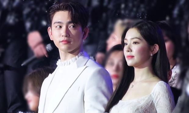 Bữa tiệc đọ visual trong 1 khung hình ở KBS Gayo 2019: BTS - TWICE lép vế vì một cặp đôi tiềm năng mới Kpop? - Ảnh 2.