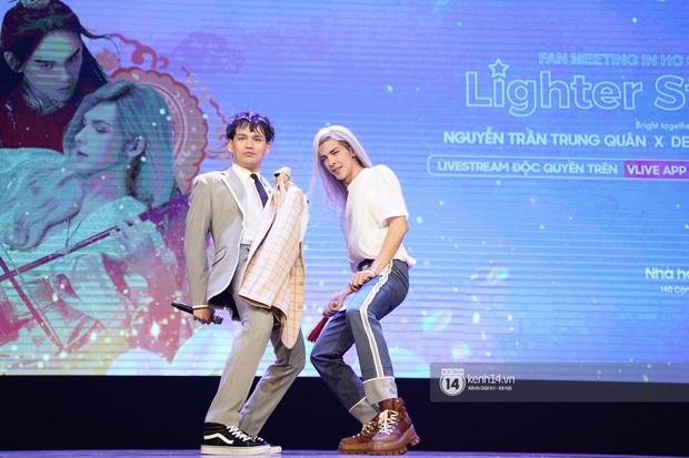 Nguyễn Trần Trung Quân hát nhạc Sơn Tùng, bất ngờ tung teaser Canh Ba hé lộ cảnh kết hôn với Denis Đặng trong fanmeeting tại TP.HCM - Ảnh 12.