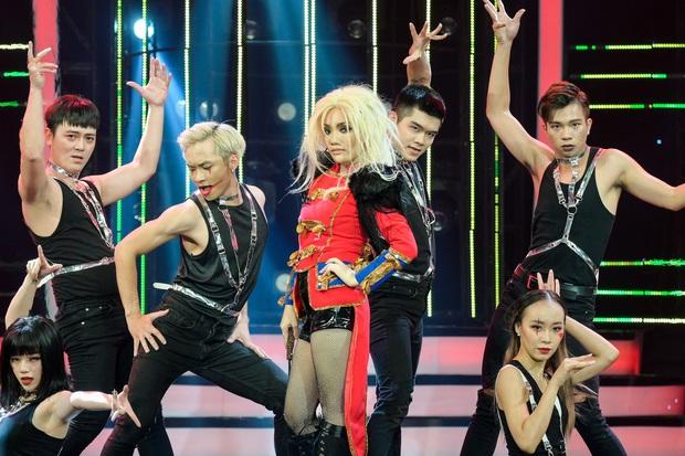 Gương mặt thân quen: Emma Nhất Khanh chiến thắng sau nhiều tuần đội sổ, Nhật Thủy thụt lùi khi hóa Britney Spears - Ảnh 2.
