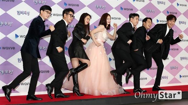 Thảm đỏ SBS Entertainment Awards 2019: Song Ji Hyo sexy khó cưỡng nhưng vẫn bị Somin lấn át, dàn tài tử bảnh bao đụng độ - Ảnh 5.