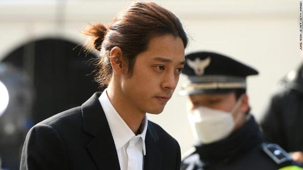 Chấn động: KBS công bố chi tiết tin nhắn, ảnh, video bệnh hoạn của Jung Joon Young, 67 trang kéo mãi không hết - Ảnh 1.