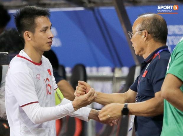 Tuyển thủ Đỗ Hùng Dũng: 26 nồi bánh chưng vẫn chưa biết say rượu và chuyện chưa bao giờ kể về Lâm Tây ở U19 Việt Nam - Ảnh 4.