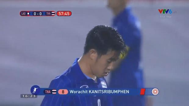 U22 Thái Lan 2-0 U22 Lào: Thần đồng tỏa sáng đúng lúc, U22 Thái Lan đánh bại Lào đầy kịch tính trên sân đấu ngập úng - Ảnh 8.