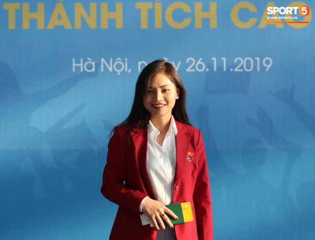 Đại chiến nhan sắc chẳng kém hot girl của những cô nàng bác sĩ trị liệu Việt Nam - Thái Lan tại SEA Games 2019 - Ảnh 6.