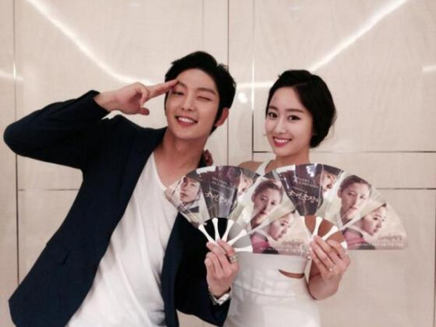 2 năm chia tay Lee Jun Ki, mỹ nhân Jeon Hye Bin khiến cả làng giải trí bất ngờ khi tuyên bố kết hôn - Ảnh 2.