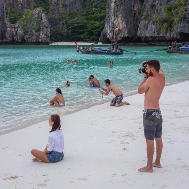 Đằng sau một cô bạn gái sống ảo là một anh người yêu với kĩ năng chụp hình hoàn hảo - Ảnh 16.