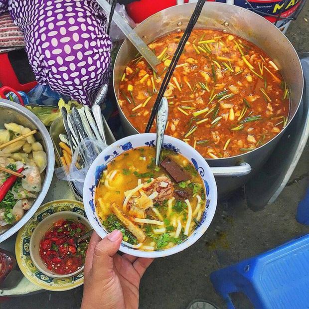 """Đi Đà Nẵng nhớ cẩn thận kẻo phải """"lăn về"""" ở 4 khu phố ẩm thực tràn ngập món ngon nức tiếng - Ảnh 6."""