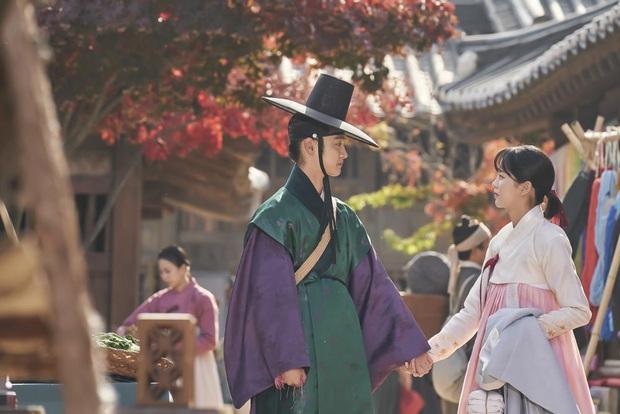 Sao nhí Mặt trăng ôm mặt trời một thời Kim So Hyun lên tiếng về tin đồn hẹn hò nam thần hơn 7 tuổi, tiết lộ mối quan hệ thật - Ảnh 4.