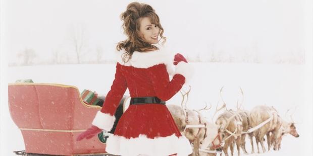 Khi Diva đấu Diva: Siêu phẩm Giáng sinh của Mariah Carey đến hẹn vẫn trồi lên còn Celine Dion sở hữu album… rớt hạng thảm hại nhất lịch sử - Ảnh 2.
