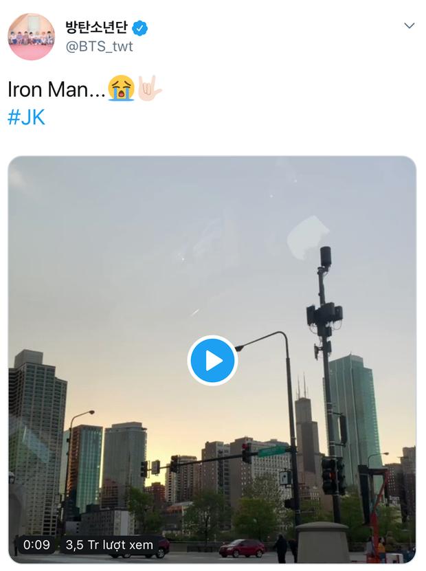2 idol cuồng phim siêu anh hùng nhất Kpop: Chanyeol (EXO) hớn hở gặp Deadpool, Jungkook (BTS) sụt sùi vì Iron Man bay màu - Ảnh 4.
