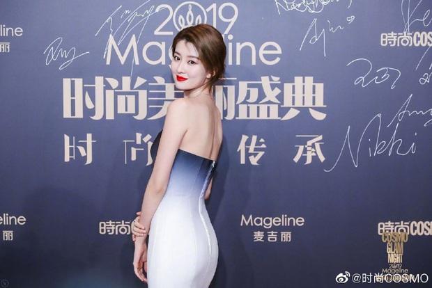 Thảm đỏ khủng quy tụ 100 sao Hoa-Hàn: Nhiệt Ba - HyunA sexy nổ mắt, Yoona đẹp tựa công chúa, Thẩm Nguyệt thất vọng - Ảnh 25.