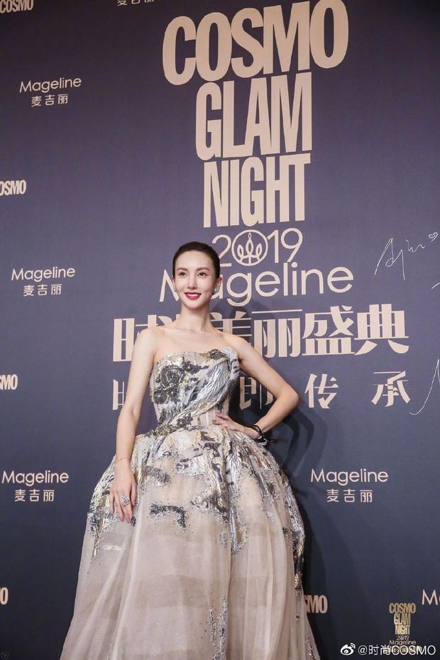 Thảm đỏ khủng quy tụ 100 sao Hoa-Hàn: Nhiệt Ba - HyunA sexy nổ mắt, Yoona đẹp tựa công chúa, Thẩm Nguyệt thất vọng - Ảnh 56.