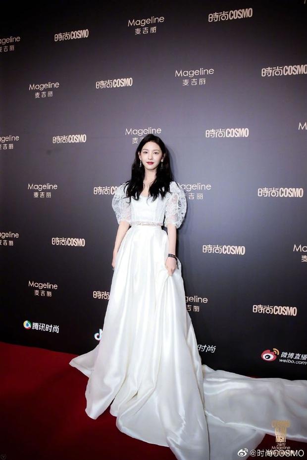 Thảm đỏ khủng quy tụ 100 sao Hoa-Hàn: Nhiệt Ba - HyunA sexy nổ mắt, Yoona đẹp tựa công chúa, Thẩm Nguyệt thất vọng - Ảnh 59.