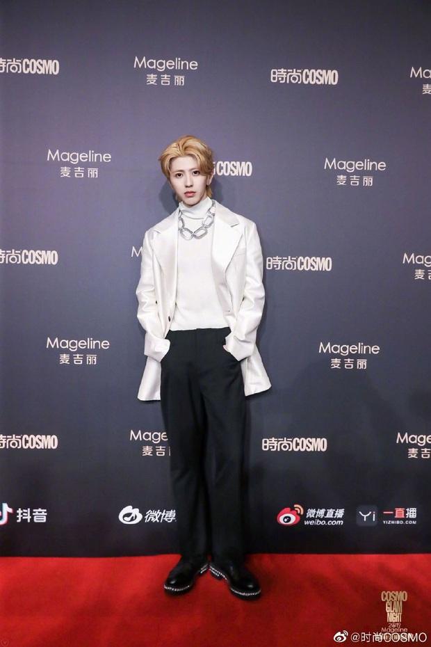 Thảm đỏ khủng quy tụ 100 sao Hoa-Hàn: Nhiệt Ba - HyunA sexy nổ mắt, Yoona đẹp tựa công chúa, Thẩm Nguyệt thất vọng - Ảnh 40.